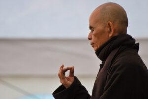Thich Nhat Hanh in der Meditation